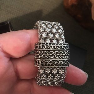 Bracelet, new without tags